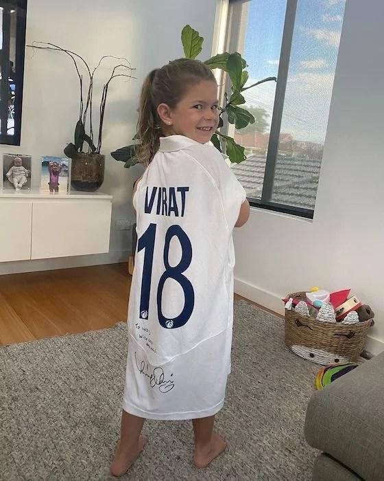 Indi Rae sporting Virat Kohli jersey