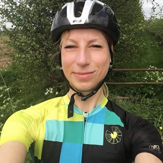 IRIS cycling kit SPORTables