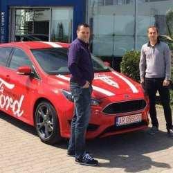 """După meciul UTA - Afumați, fanii """"roș-albilor"""" pot testa șase modele din gama Ford"""
