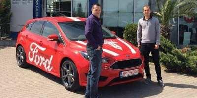 """După meciul UTA – Afumați, fanii """"roș-albilor"""" pot testa șase modele din gama Ford"""