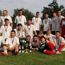 A coborât cortina în Liga 5-a: Nădlacul a primit medaliile de campioană în Seria A!