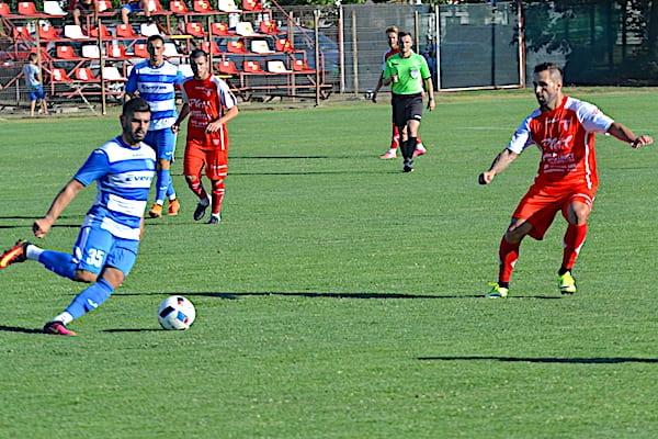 FRF deschide punga pentru mingi universale în ligile doi și trei