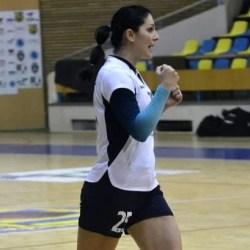 """Mihaela Cherecheș și-a intrat în pâine și ca antrenor la Crișul: """"Am crescut de la meci la meci, avem dreptul să sperăm la mai multe victorii din retur"""""""