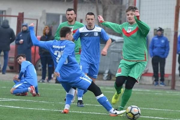 Echilibru între divizionare terțe: Șoimii Lipova - Gloria Lunca Teuz Cermei 2-2