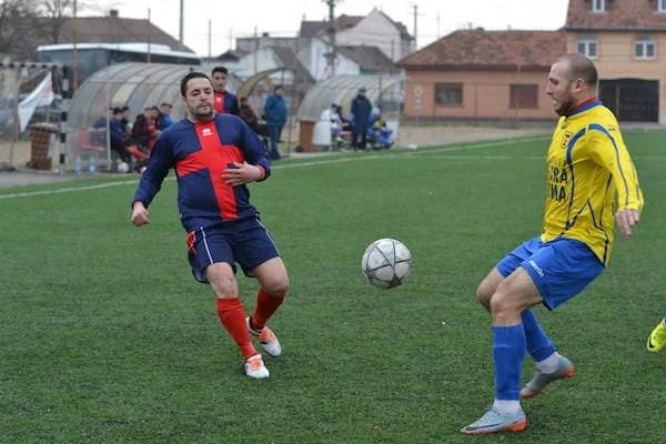 Marinescu a salvat rezultatul: Progresul Pecica - Păulișana Păuliș 2-2