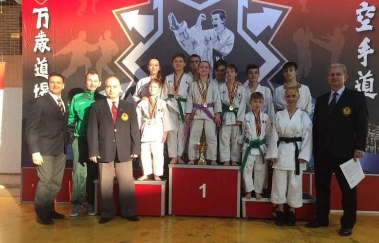 """Karateka din 8 ţări au onorat a 25-a ediţie a """"Cupei Banzai"""""""