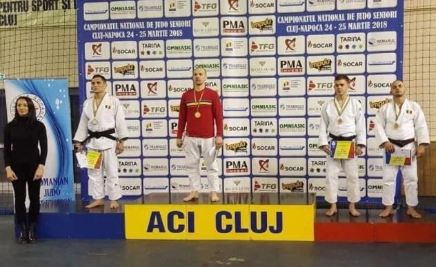 """Judoka arădeni s-a întors cu cinci medalii de la """"naționalele"""" de seniori"""