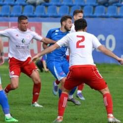 """Să sune...Ambulanțele în """"Țara Sămădăilor"""" pentru Cermei - Sebiș, un derby cu săbiile scoase din teacă"""