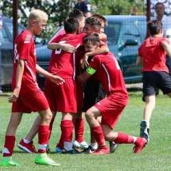 Șapte fotbaliști arădeni bat la porțile naționalei Under 15! Concurența e mare la Tărlungeni sub privirile Departamentul de Scouting al FRF