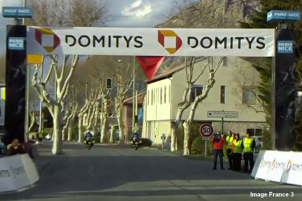Cyclisme – Paris Nice TV (7) Domitys flamme rouge