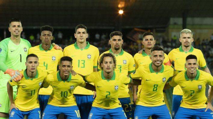 Esportes mais praticados no brasil: 01 Futebol