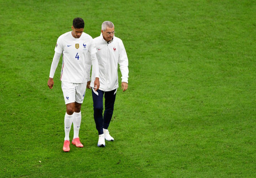 4 fifa club world cups. Injury Scare As Raphael Varane Hobbles Off In UEFA Nations ...