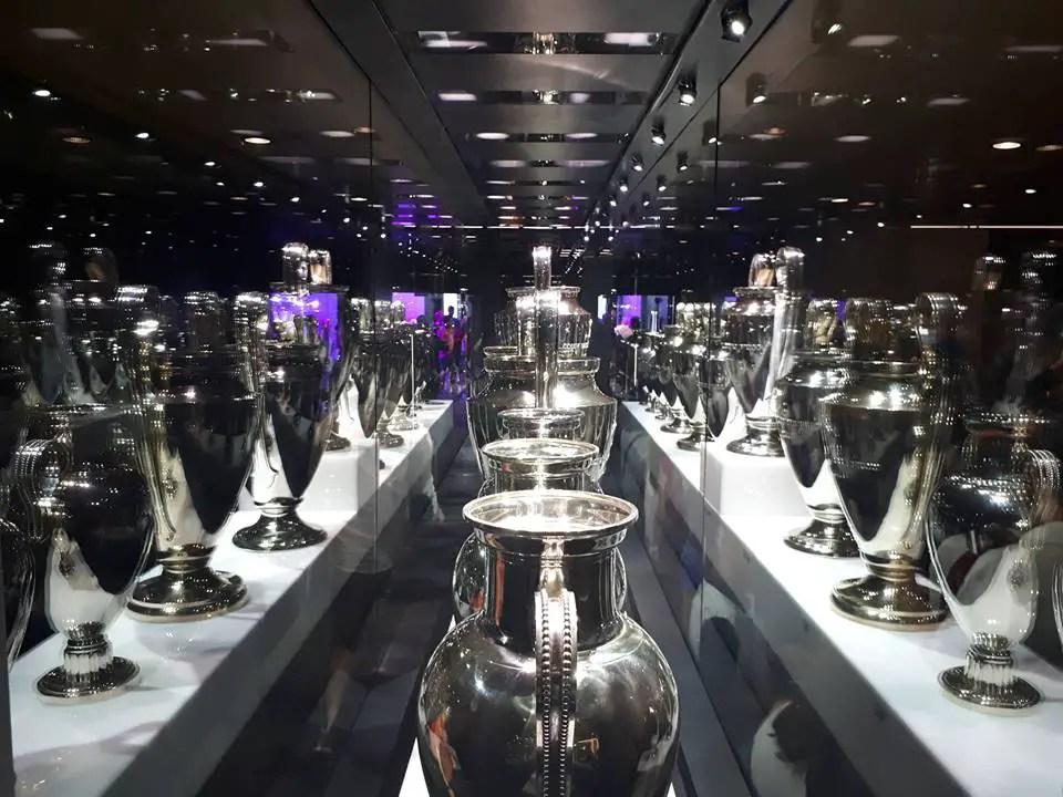 Calcio: l'Uefa apre inchiesta sul Psg, nel mirino l'acquisto di Neymar