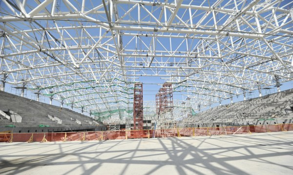 Bakou 2015 - Aquatics Centre - vue intérieure du chantier
