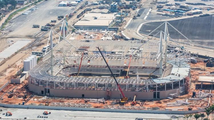 Vue du chantier du Centre Aquatique du Parc Olympique de Barra en mai 2015 (Crédits - Cidade Olimpica)