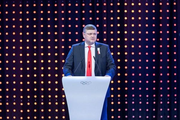 Andrey Kryukov lors de l'ultime présentation d'Almaty 2022 devant la Session du CIO (Crédits - CIO / Ubald Rutar)