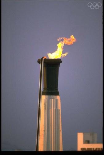 Vasque olympique de Los Angeles, le 1er septembre 1984 (Crédits - CIO)