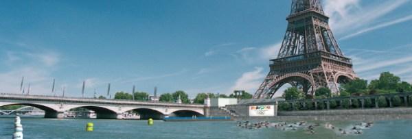 La candidature de Paris 2012 proposait déjà l'organisation du triathlon devant la Tour Eiffel (Crédits - Dossier de candidature de Paris 2012)