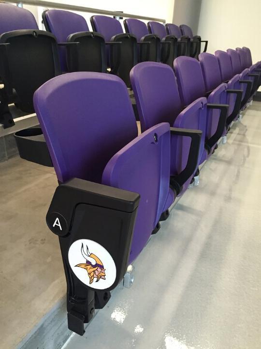 Les premiers sièges qui seront prochainement posés dans l'enceinte de l'US Bank Stadium (Crédits - Minnesota Vikings)