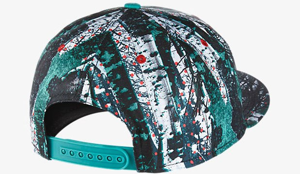 nike lebron 12 christmas hat back - Christmas Lebron 12
