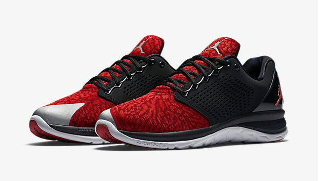 Jordan Trainer ST Black/Wolf Grey/Team Red/Gym Red