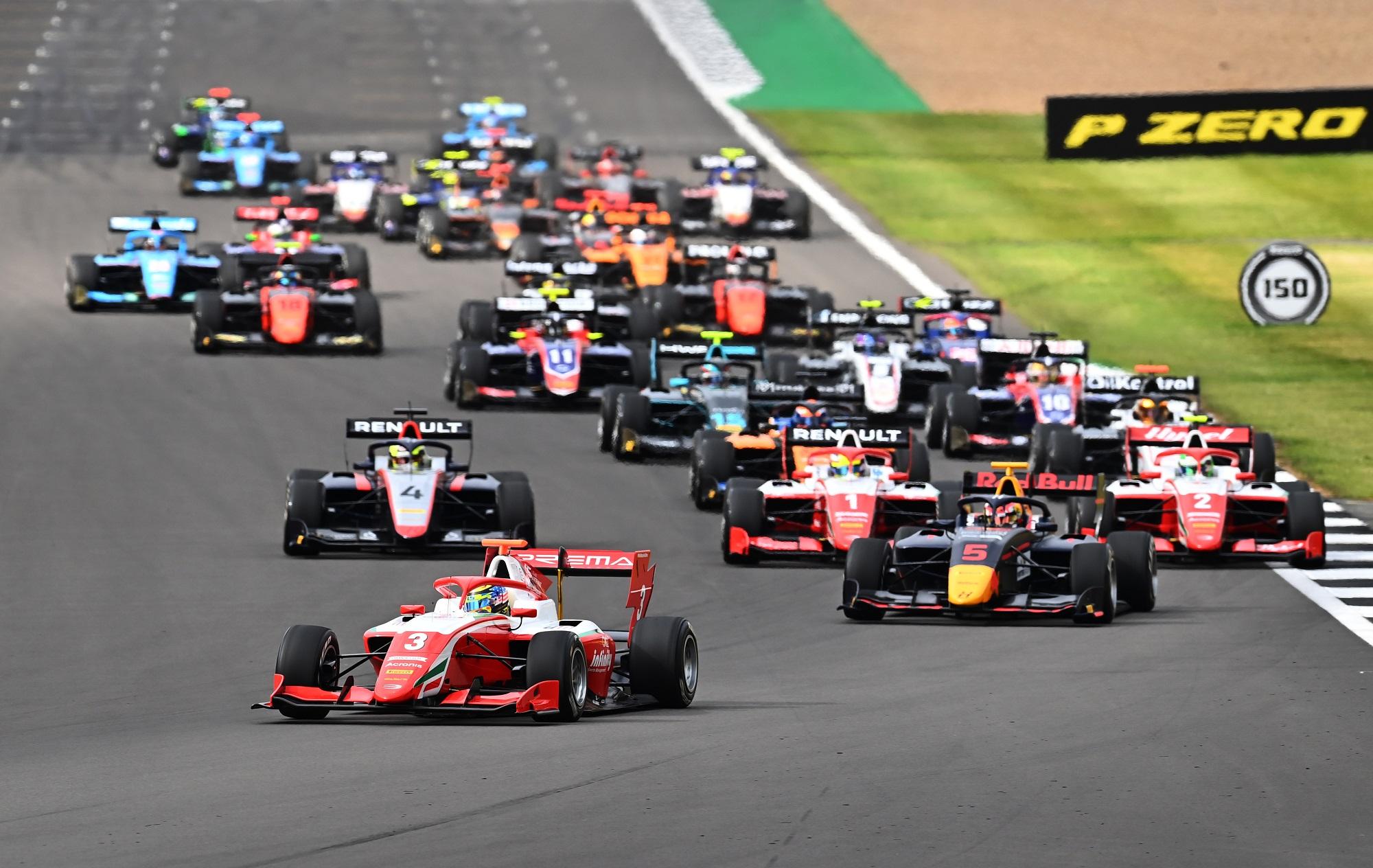 Formula 3 Championship - Round 4:Silverstone - First Race
