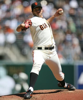 https://i1.wp.com/sportige.com/wp-content/uploads/2010/02/Barry-Zito.jpg
