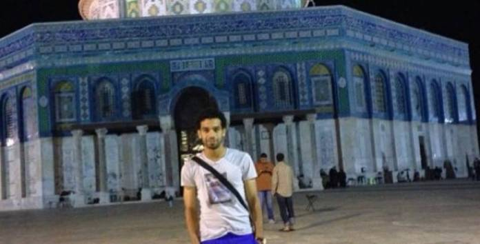The full story of a picture of Muhammad Salah in the Al-Aqsa Mosque: A goal and a prostration in the heart of Tel Aviv