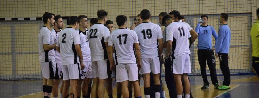 Handbal masculin: Universitatea Cluj joacă azi cu CSU Suceava