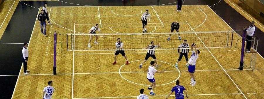 Volei masculin: Universitatea Cluj, învinsă de Unirea Dej