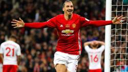Ibrahimovic Wins EFL Cup For Manchester United