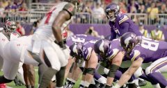 Thanksgiving Day NFL Schedule; Vikings Seek 8th Straight