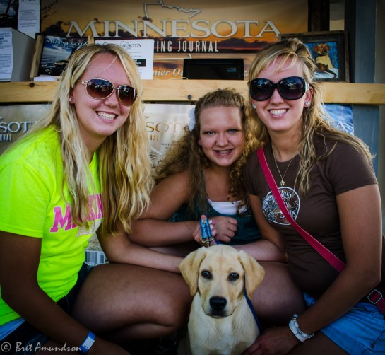 81613 - yellow lab girls at booth