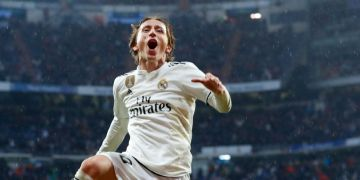 Modric's goal for Real Madrid breaks Champions League group stage record