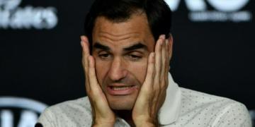 Australian Open: Federer blasts lack of communication on smog - Sporting Life