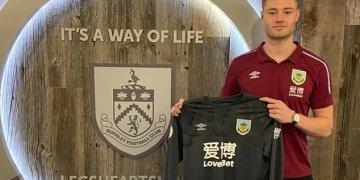 Burnley rewards hard working Lukas Jensen with new contract