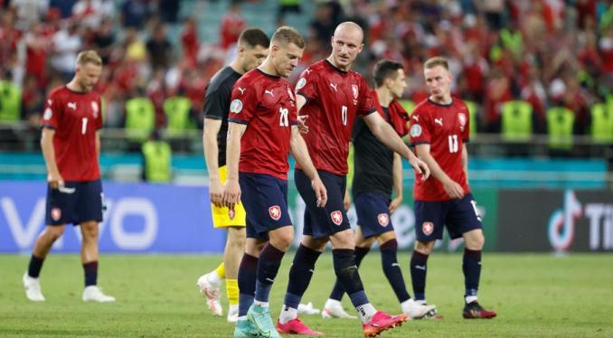 Czechs have plenty to be proud of despite Euro exit – coach Silhavy