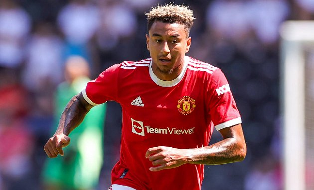 Lingard snubs Man Utd contract extension after rejecting West Ham move