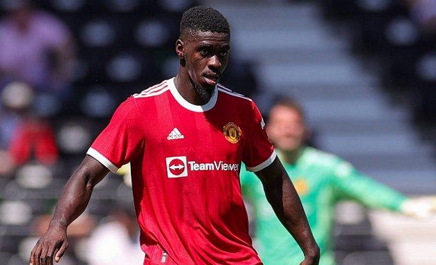 Aston Villa sign Man Utd defender Tuanzebe