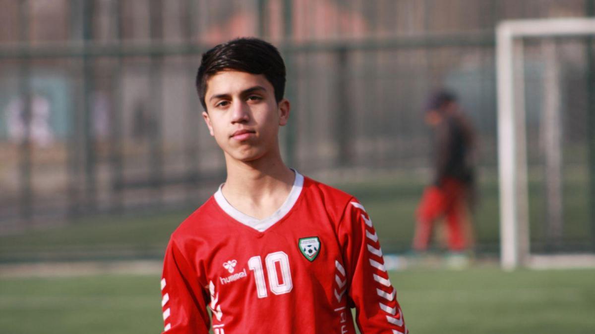 Afghan footballer Zaki Anwari dies in plane in escape bid