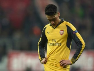 """Ozil """"contract talks have slowed down"""""""