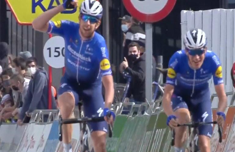Mikkel Honore naar de winst in vijfde etappe