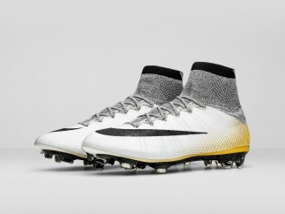 Nike_SP16_Superfly_CR7_gold_PAIR_view_06_V2_46791