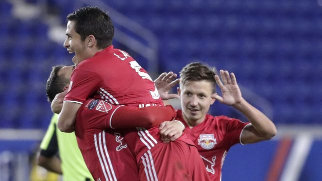 CONCACAF Champions League: Red Bulls cruise, Monterrey survives — ProSoccerTalk