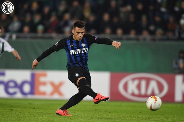 Martinez Converts Penalty giving Inter critical away goal in Vienna #124 — The Galleria Of Internazionale Milano