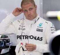 Valtteri Bottas renueva con Mercedes