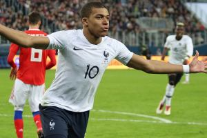 Inspired by KM – Kylian Mbappé lance son association pour aider 98 enfants