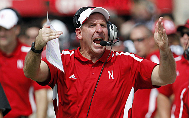 Nebraska coach Bo Pelini, known to pop off every now and then, apologized to fans Monday. (USATSI)