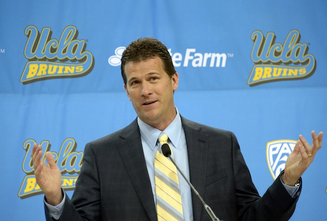 2014 preseason basketball rankings UCLA
