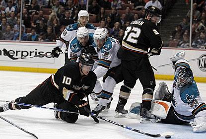 https://i1.wp.com/sports.cbsimg.net/u/photos/hockey/img14908242.jpg